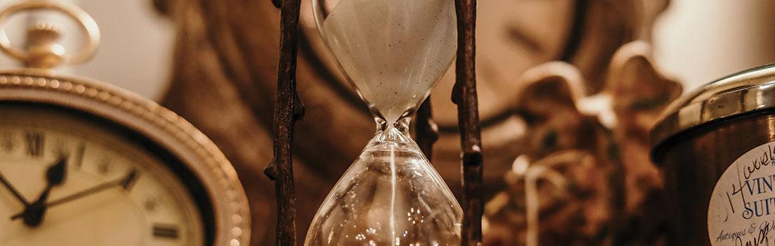 sablier-représentatif du temps perdu freelance